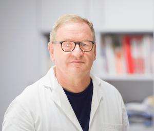 Dr. Nopper - Hausarzt und Internist der Hausarztpraxis.